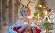 Xem video nhạc Cozy Little Christmas miễn phí